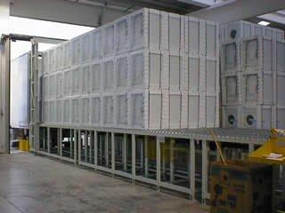 Banchina di carico/scarico elettrodomestici da/su Automezzi.